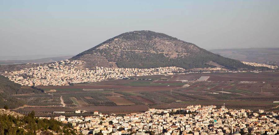 г. ТАБОР в восточн. части Изреельской долины, в Нижней Галилее, к юго-востоку от Назарета, ИЗРАИЛЬ